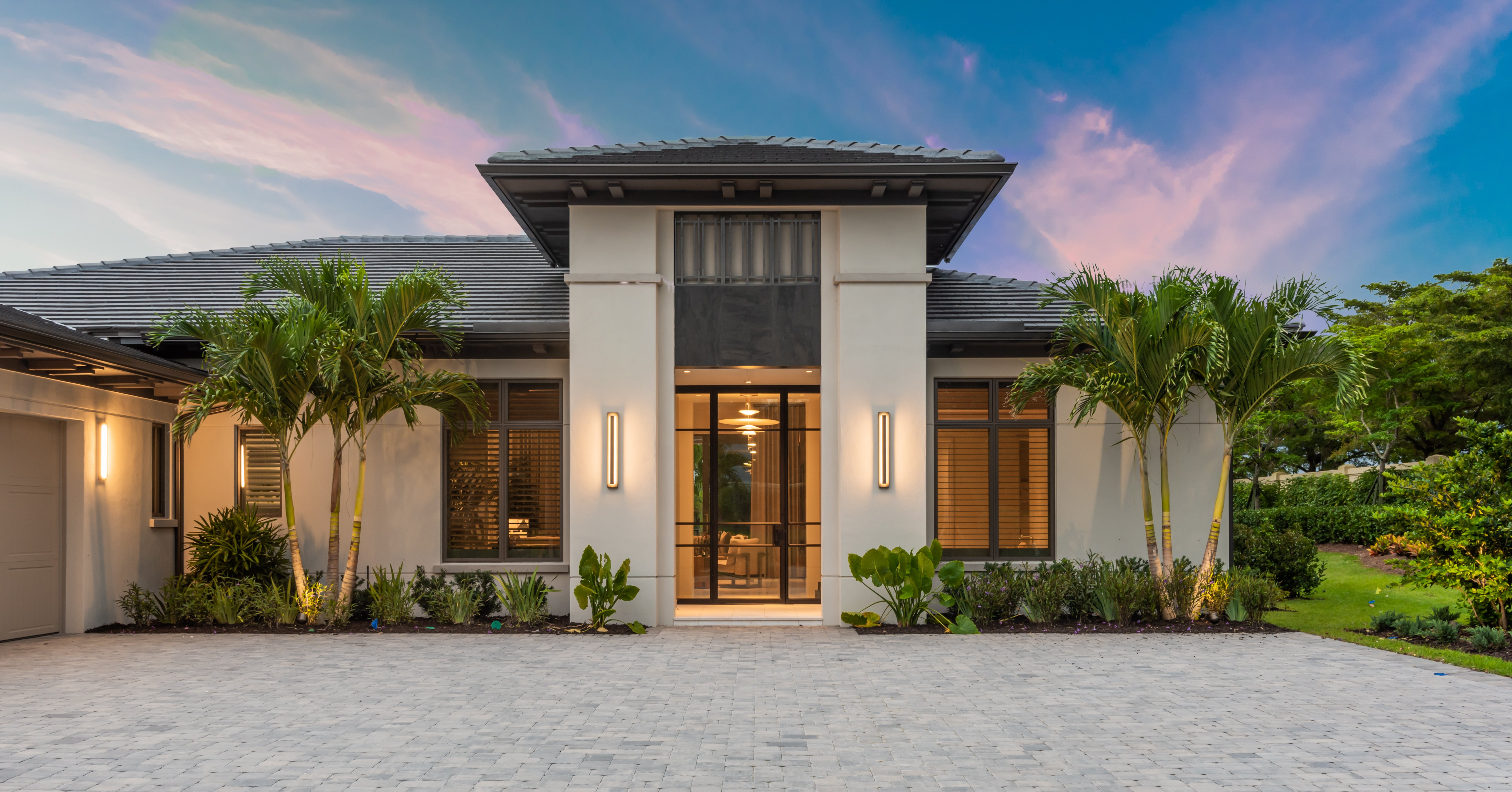 Top 10 Exterior Design Trends for Florida Homes in 2021